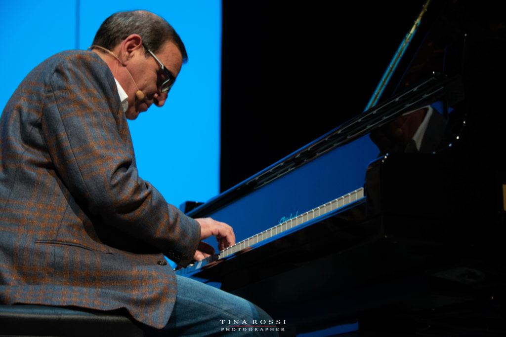 giorgio Bolognese al pianoforte