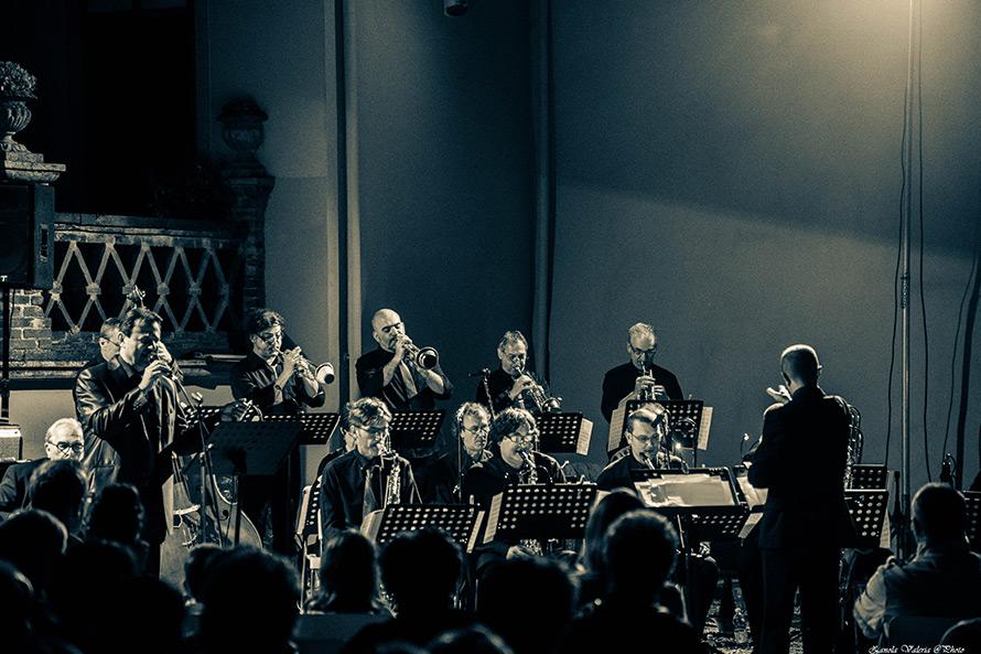 la filarmonica Jazz band durante il concerto con Ginger Brew