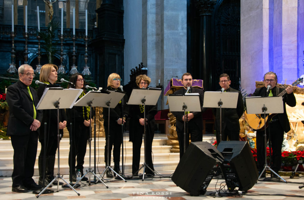 gli otto elelmenti del coro de il Duomo di Torino in occasione del restauro del dipinto del Gagna