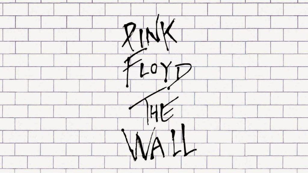 Pink Floyd The Wall: la copertina del doppio LP, disegnata come un muro di mattoni bianchi e neri, con il logo della band al centro