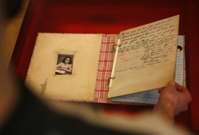 75à anniversario delle memorie di Anna Frank, un diario con i suoi ricordi