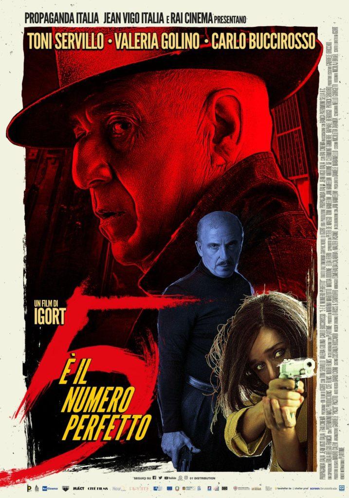 5 è il numero perfetto, dalla graphic novel al cinema. Nella foto la locandina del film, su sfondo nero, con le facce dei protagonisti in rosso