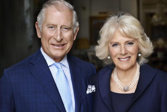 The Crown - Il principe Carlo e Camilla Parker Boyle