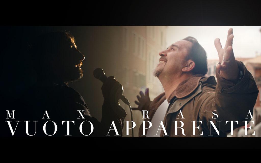 max rasa - la copertina del singolo, sullo sfondo piazza san marco a veneziaa e il cantante a destra, con le braccia allargate