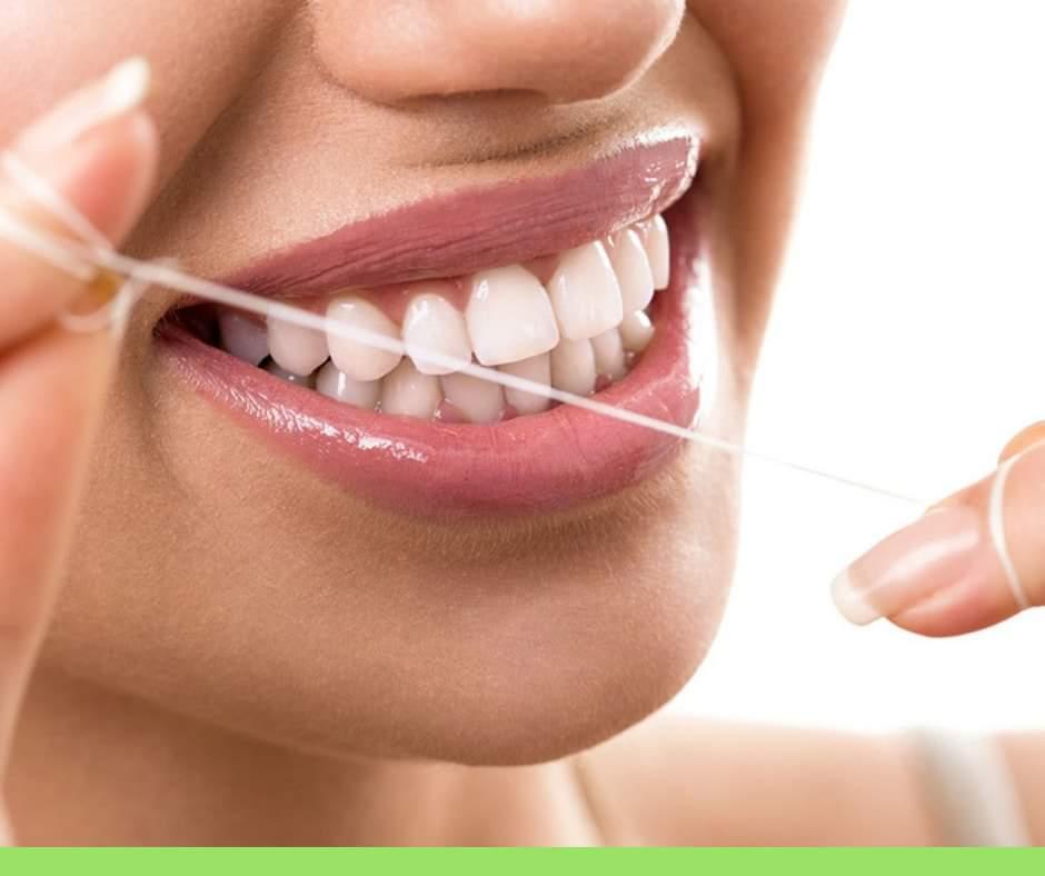 Igiene orale, gli strumenti per una pulizia efficace. Filo interdentale