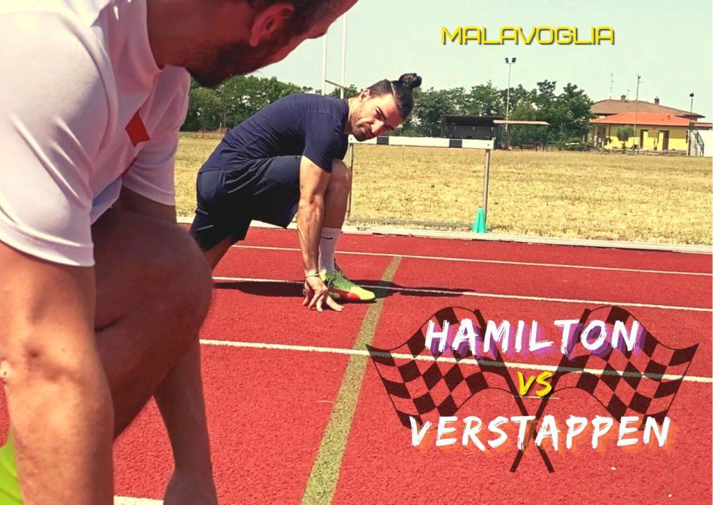 Hamilton vs Verstappen: l'immagine raffigura due atleti ai blocchi di partenza, su una pista di atletica